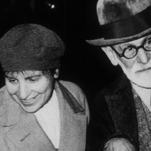 Las 10 mujeres esenciales en la historia de la Psicología