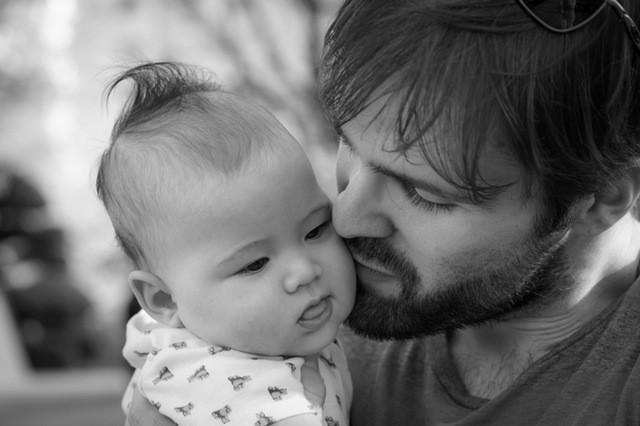 La Teoría del Apego y el vínculo entre padres e hijos
