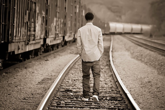 La influencia del abuso sexual infantil en los casos de suicidio adolescente