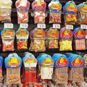 Los 12 trucos psicológicos que usan los supermercados para que gastes más dinero