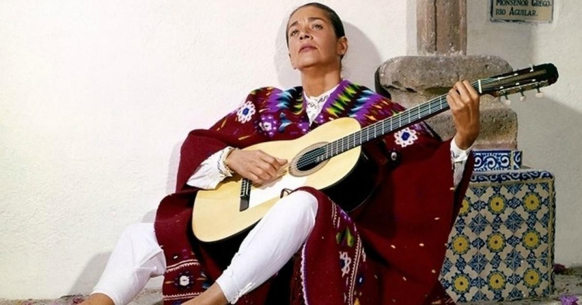 Las 72 Mejores Frases De Chavela Vargas