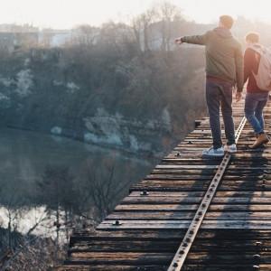 Personas generosas: estas 8 virtudes las llevan lejos en la vida