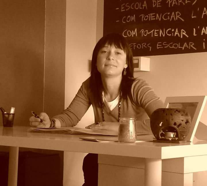 Elisabet Rodríguez Camón: «Debemos potenciar la capacidad crítica de los alumnos»