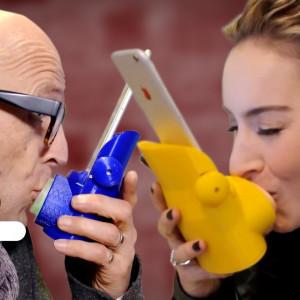 Kissenger: desarrollan la forma de dar besos a distancia