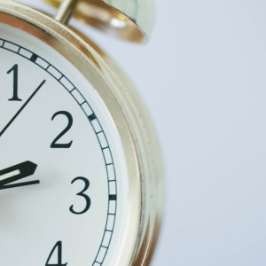 8 estrategias psicológicas para levantarse temprano