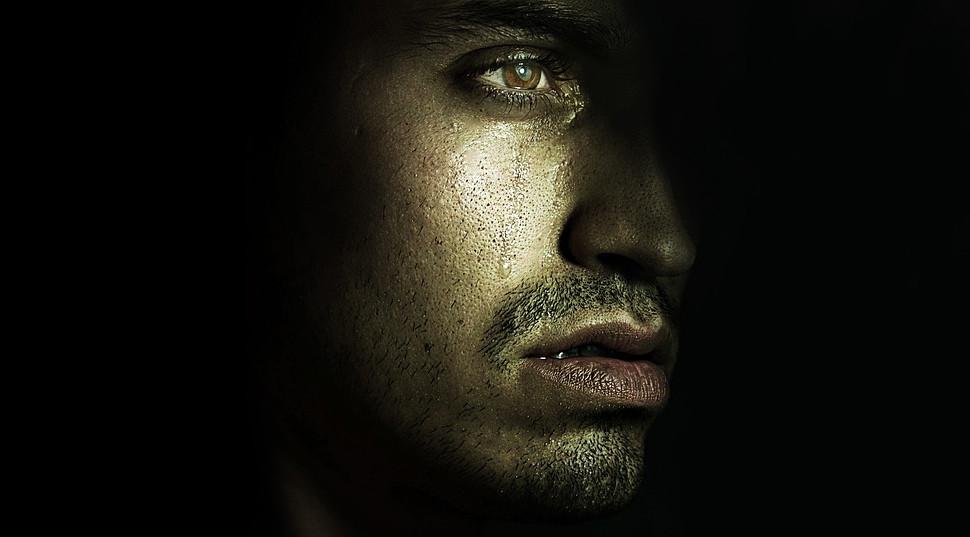Las 5 etapas de la depresión, y primeras señales de alerta