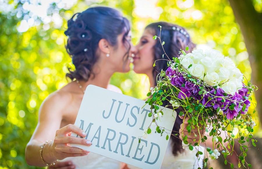 Investigación: 3 de cada 4 mujeres son lesbianas o bisexuales