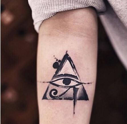 40 Tatuajes Simbólicos Y Con Gran Significado Con Fotos