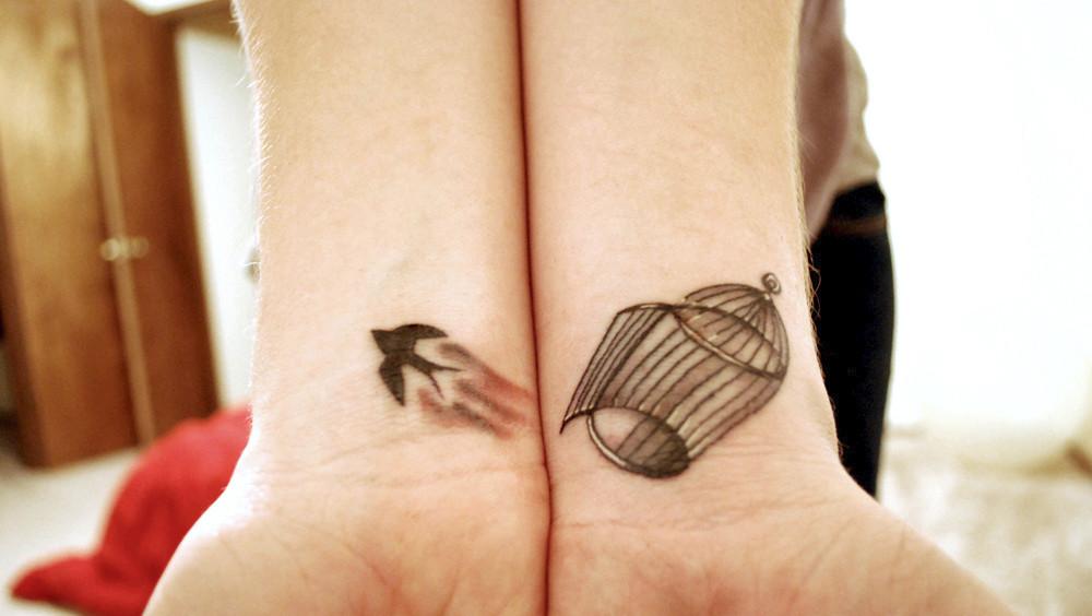 30 tatuajes pequeños para lucir en tu piel