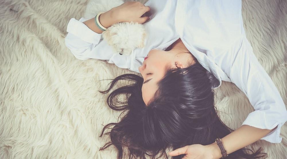 Hipersomnia: tipos, síntomas, causas y tratamientos