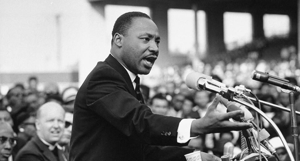 Las 70 mejores frases célebres de Martin Luther King