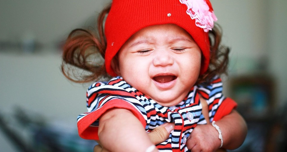 Los 4 tipos de llanto de los bebés y sus funciones