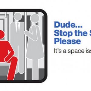 Manspreading: ¿los hombres necesitan ocupar más al sentarse?