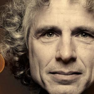 Las 30 mejores frases célebres de Steven Pinker