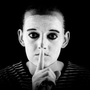 Espiral del silencio: ¿qué es y cuáles son sus causas?