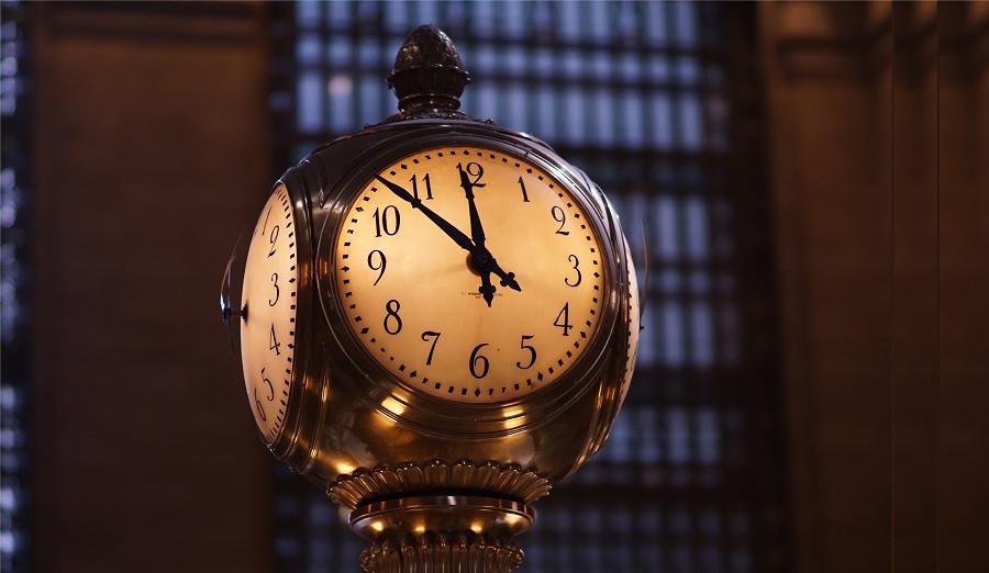 Cronofobia (miedo al paso del tiempo): causas, síntomas y tratamiento