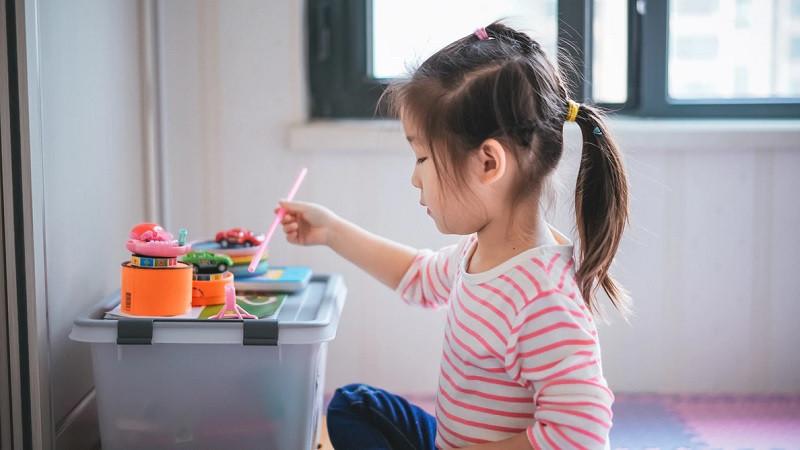 Contraste conductual en niños